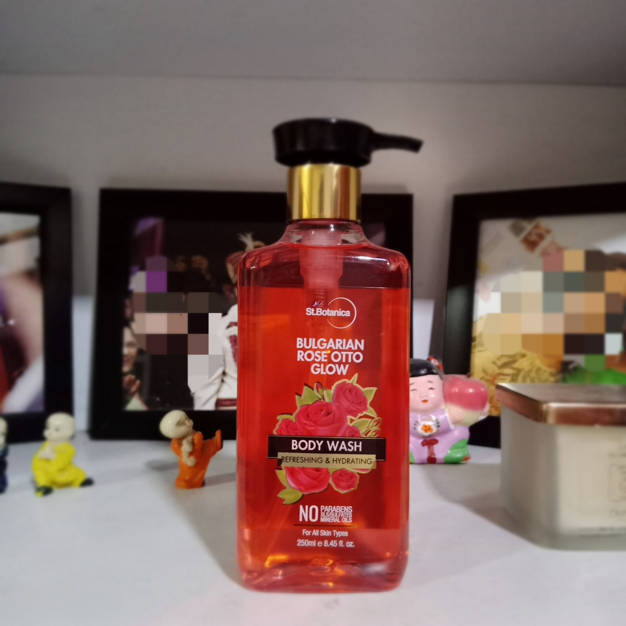 StBotanica Bulgarian Rose Otto Glow Body Wash-Amazing long lasting Rose Fragrance-By khushboogargtorka