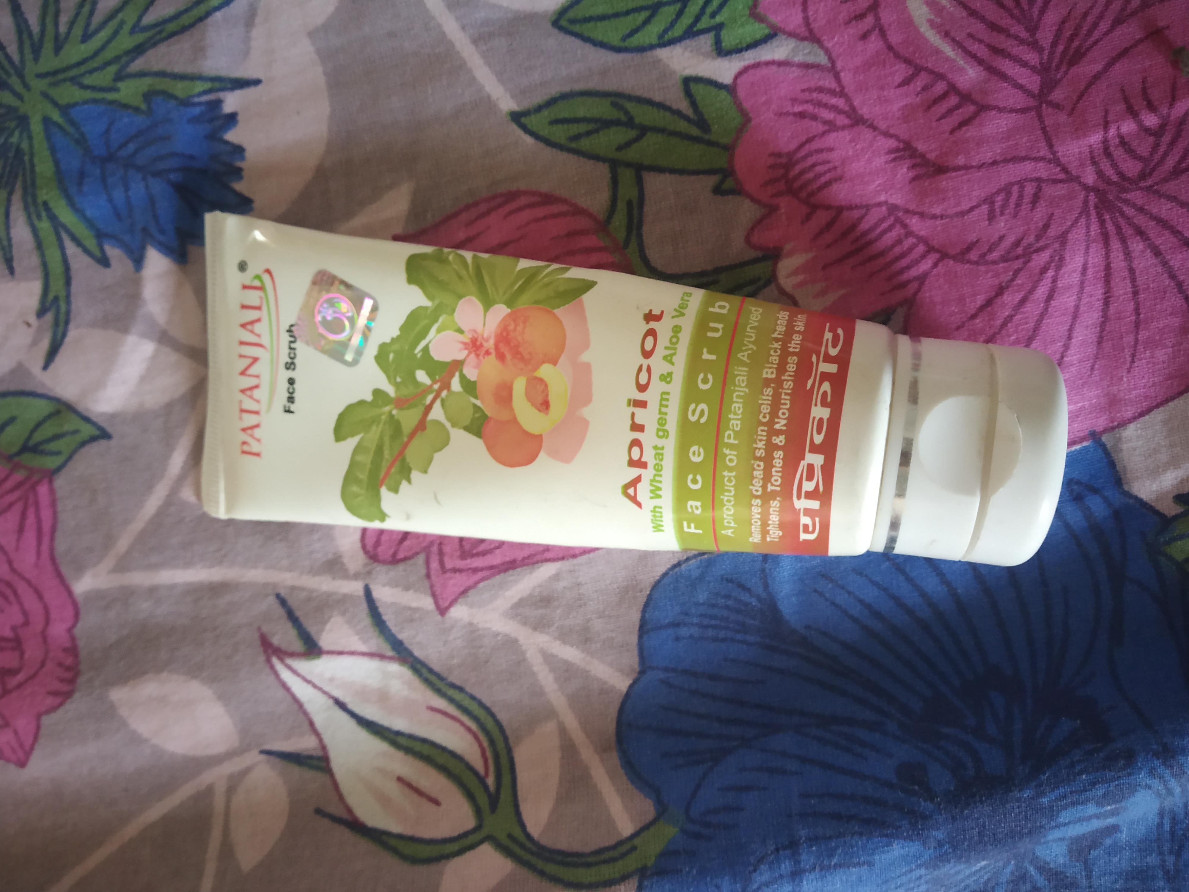 Patanjali Aloe vera Apricot Scrub -Budget friendly scrub-By kaplishjyoti