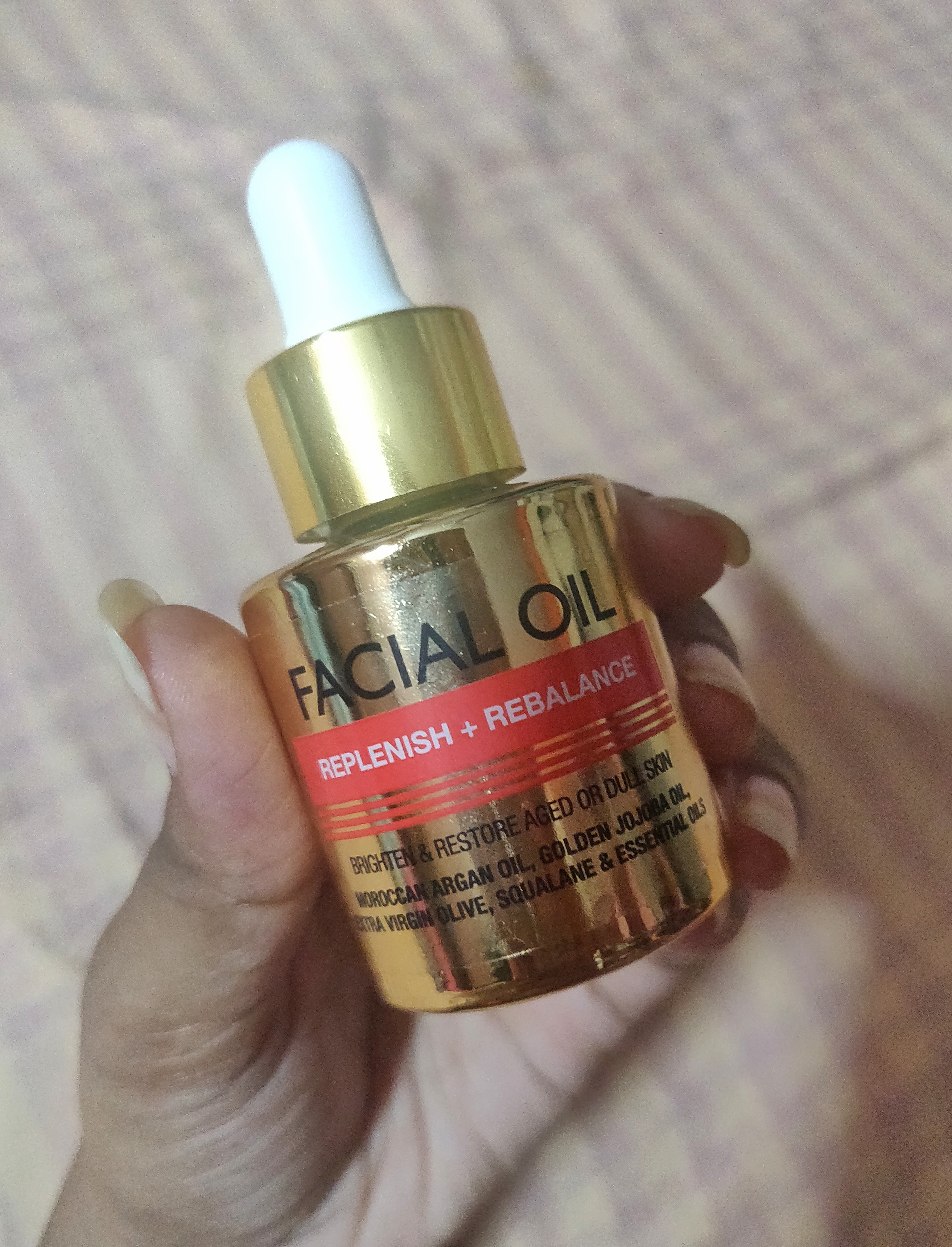 StBotanica Pure Radiance Facial Oil-Works amazingly well!-By reeni_padmaja-2