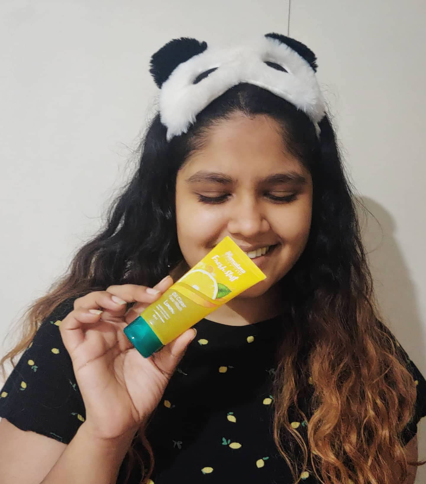 Himalaya Herbals Fresh Start Oil Clear Lemon Face Wash-Clear oil free skin-By neha_singhi