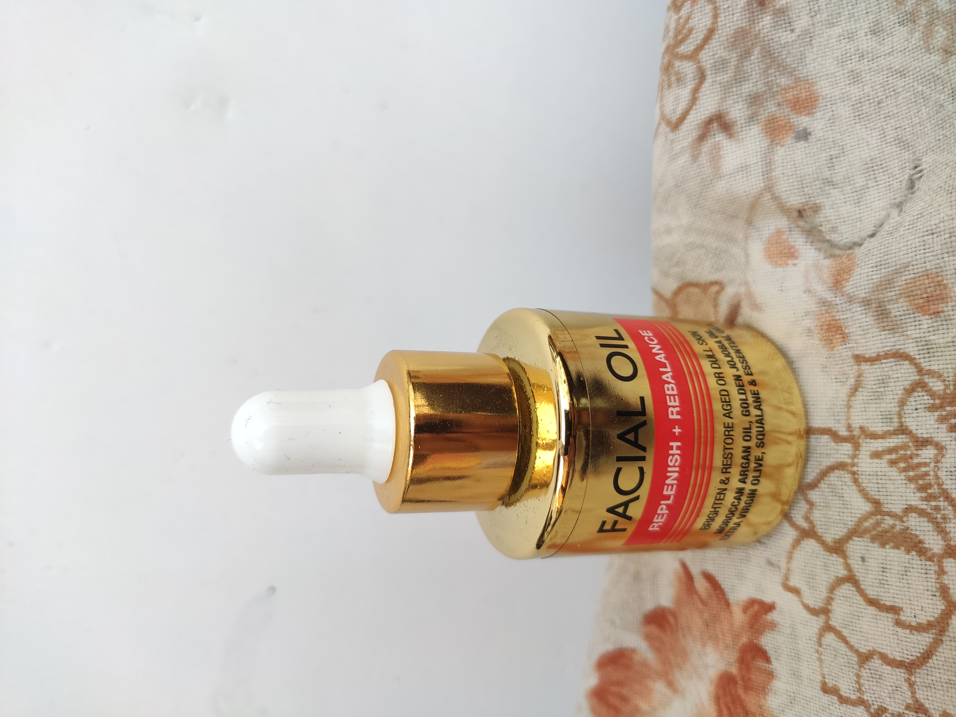 StBotanica Pure Radiance Facial Oil-Fragrance-By rashmi_mishra