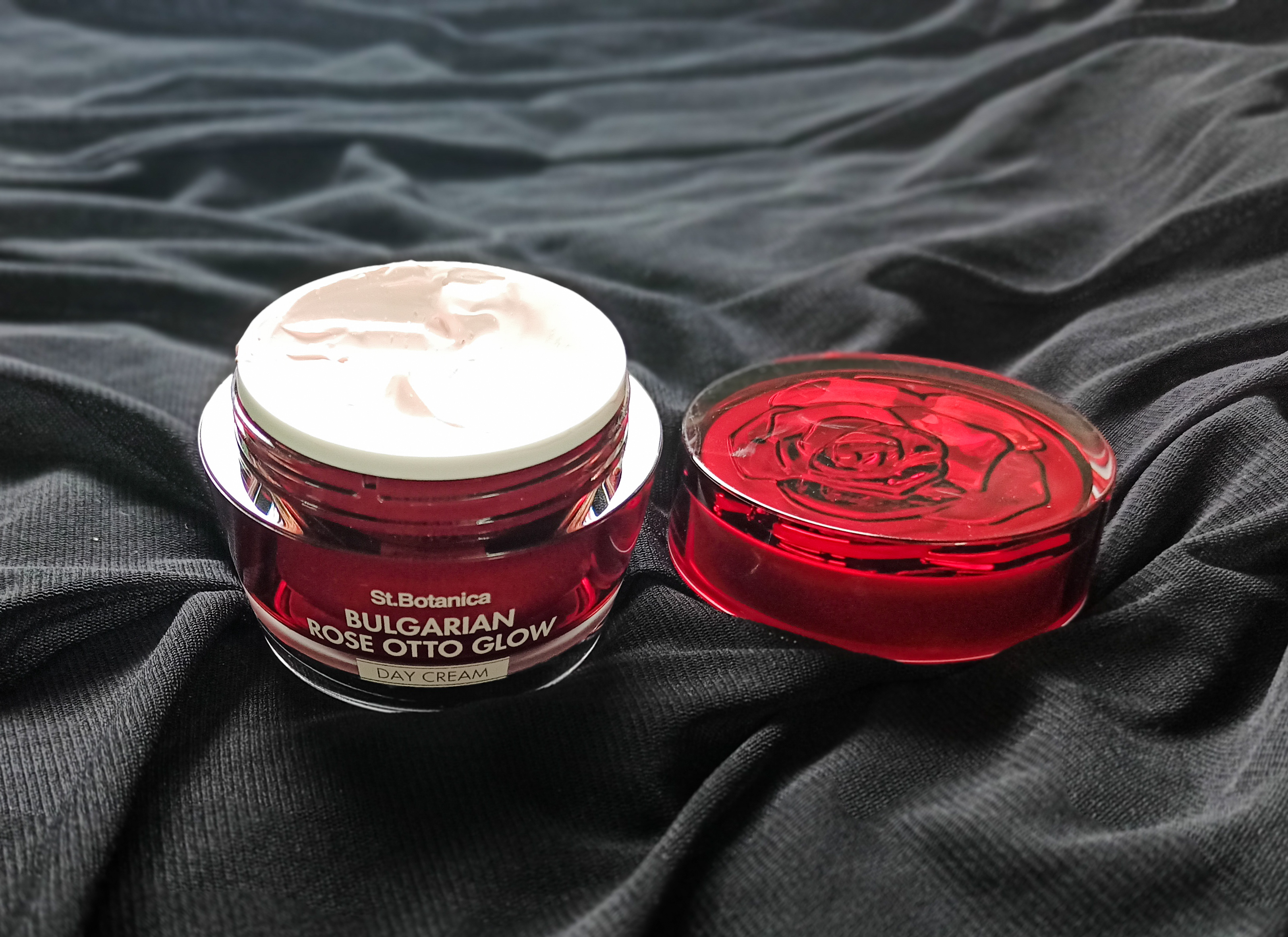St.Botanica Bulgarian Rose Otto Glow Day Cream pic 2-my favorite skin care products-By iyermahima