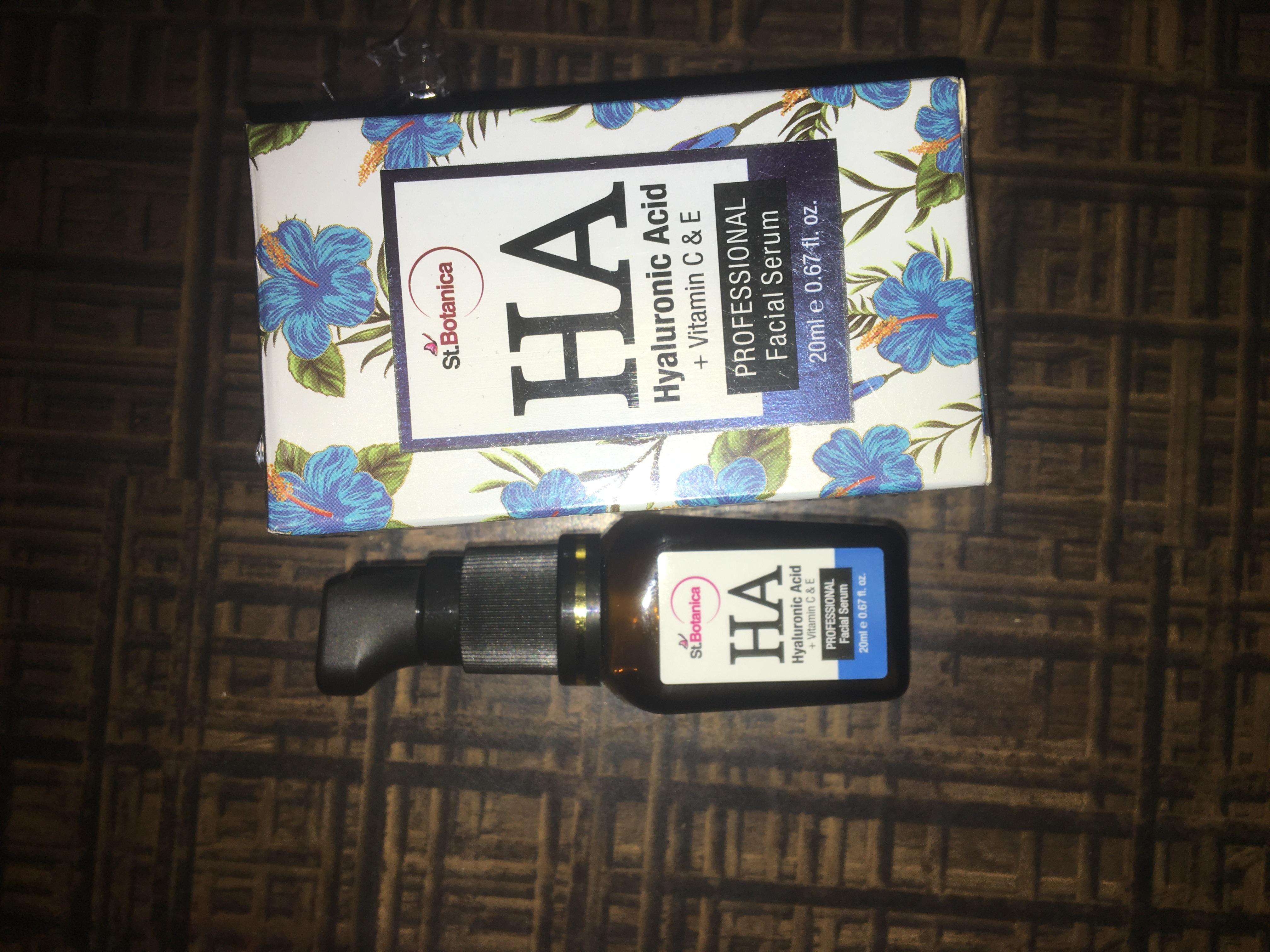 St.Botanica Hyaluronic Acid Facial Serum + Vitamin C, E-Best serum for under eye dark circles, anti aging, skin brightening-By harshita_kanjani-8