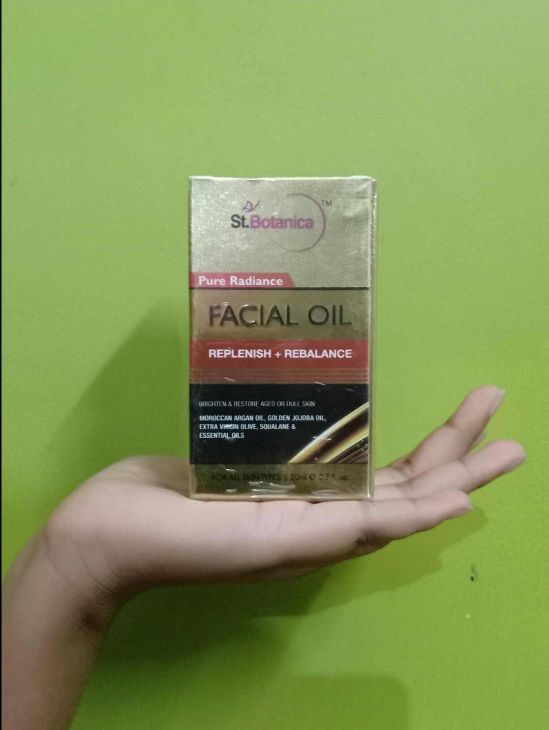 StBotanica Pure Radiance Facial Oil-Boon for oily skin beauties.-By miss_jellybean
