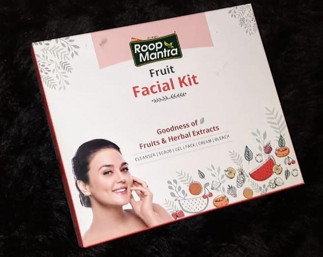 Roop Mantra Fruit Facial Kit -Glows your face-By mayanka
