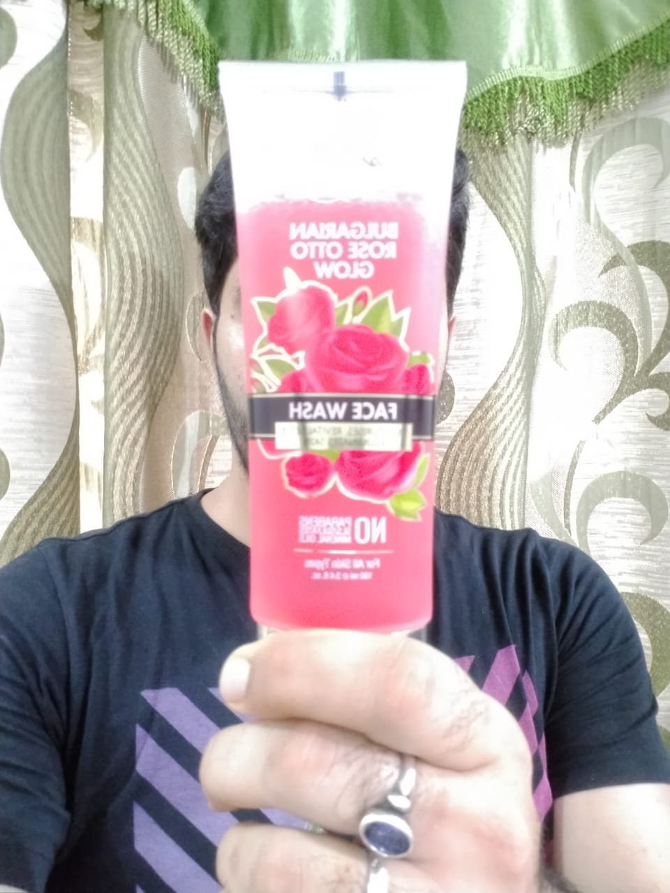 StBotanica Bulgarian Rose Otto Glow Face Wash pic 1-Suitable for all skin types-By saad