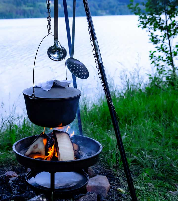 11 Best Dutch Ovens For Camping To Roast, Bake, Fry, Simmer