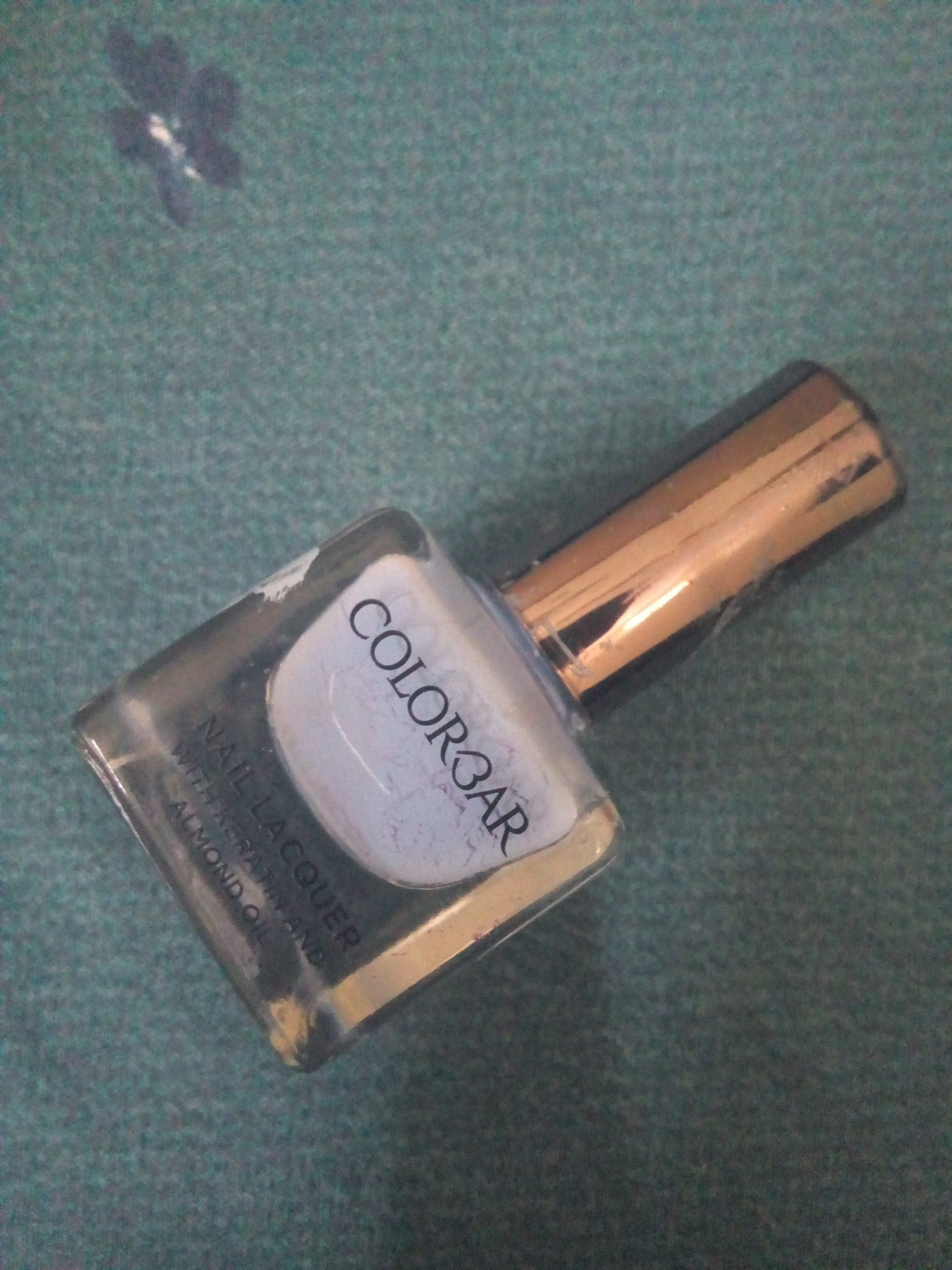 Colorbar Luxe Nail Lacquer-Quickly dries after applying-By gurnoor_kaur