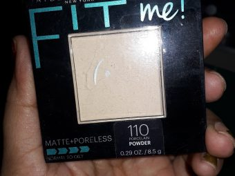 Maybelline Fit Me Matte And Poreless Powder -Fit me maybelline poreless compact-By arapna_singh_
