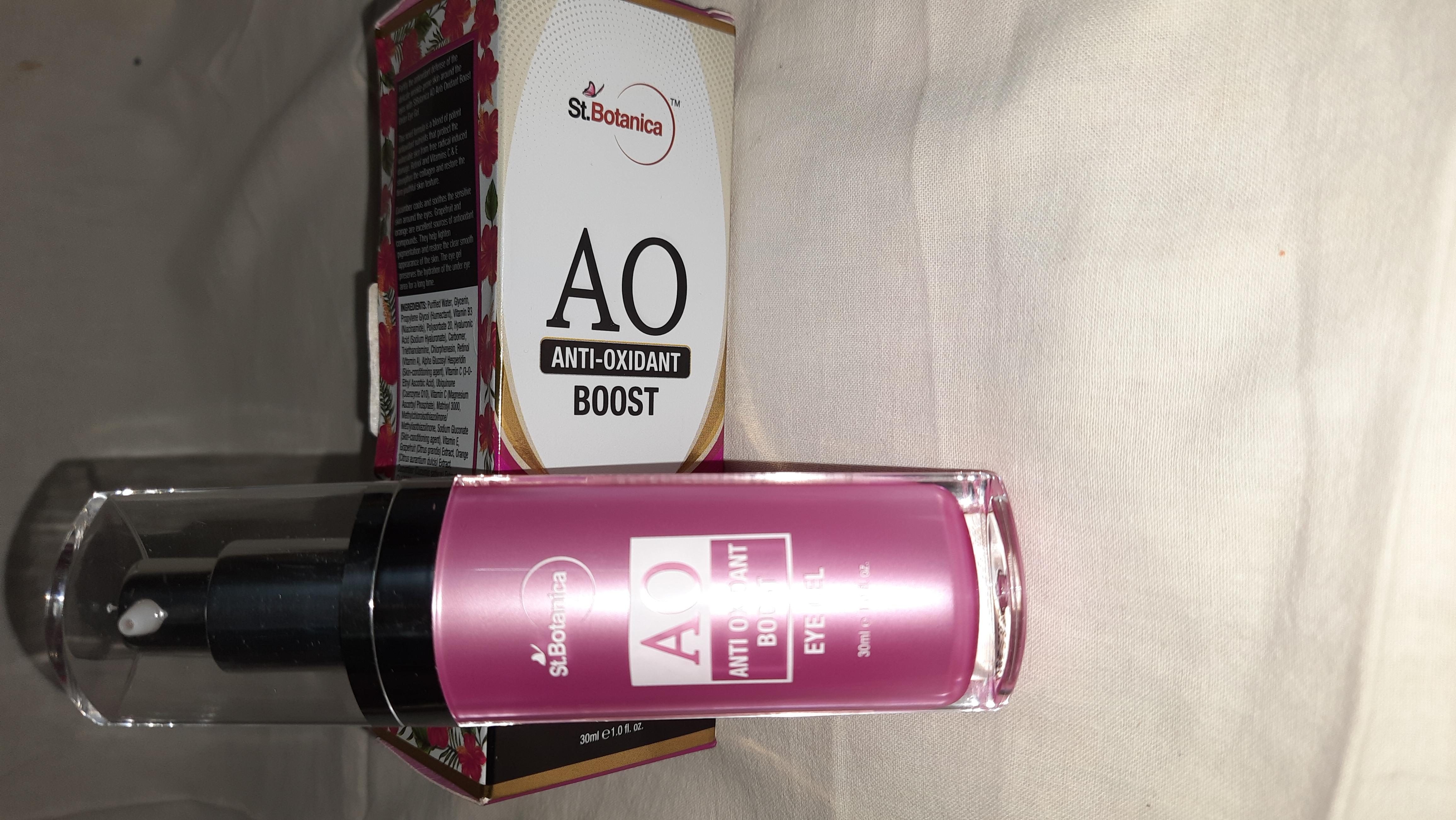 St.Botanica Anti Oxidant Boost Under Eye Gel-Product is good-By anupama_roy-6