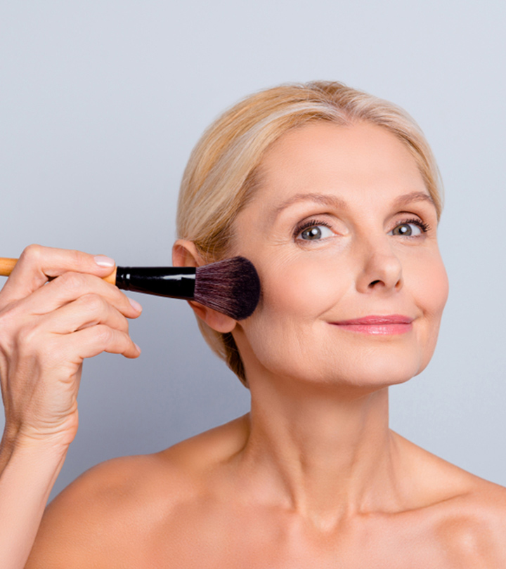13 Best Face Powders For Mature Skin To Fight Wrinkles! (With Buying Guide!)