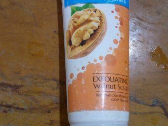 Everyuth Naturals Exfoliating Walnut Scrub -Everyuth Scrub-By poorvi_khandelwal