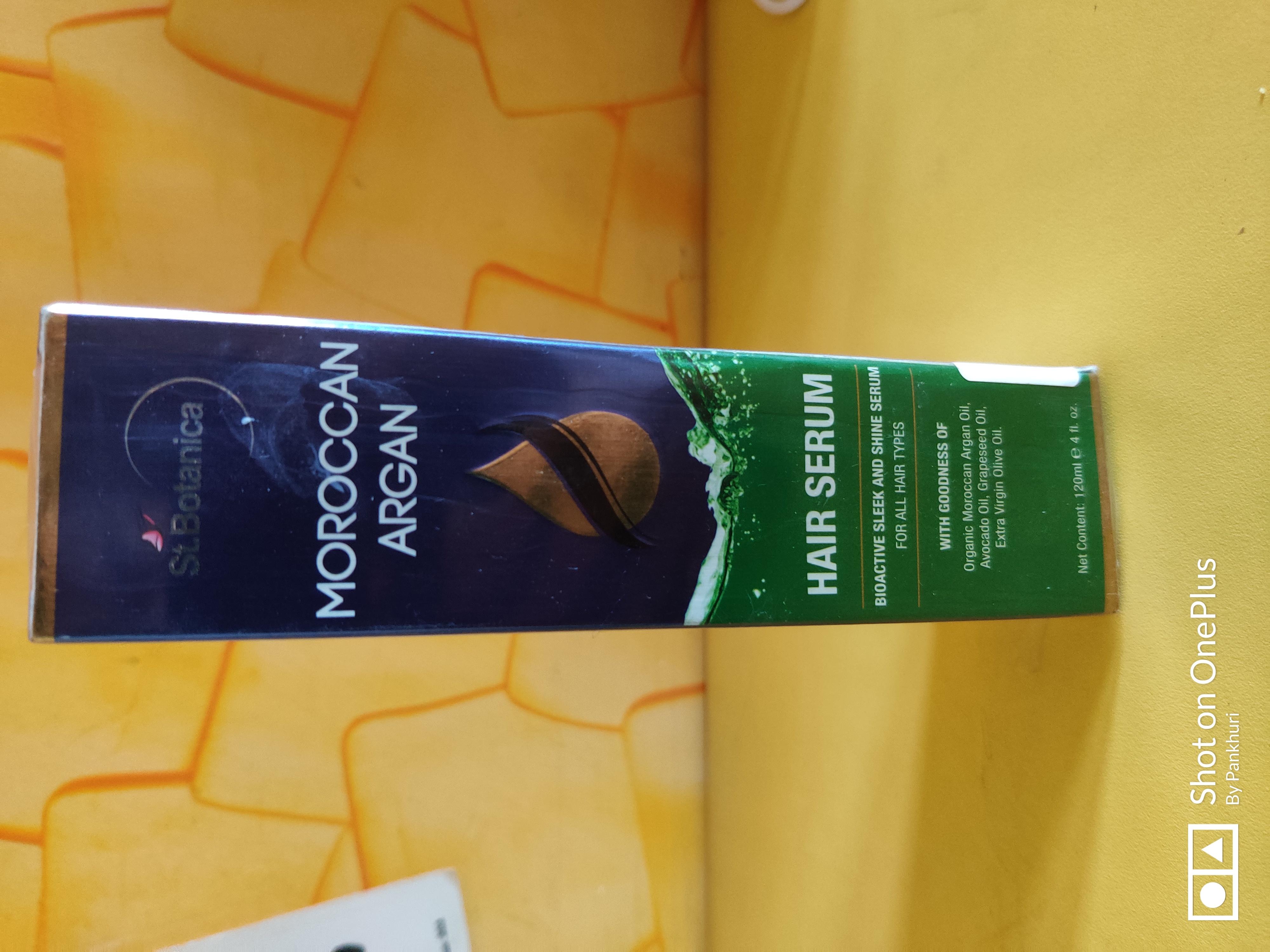 St.Botanica Moroccan Argan Hair Serum pic 2-Good for frizzy hair-By pankhuridhingra