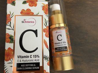 St.Botanica Vitamin C 15% Age Defying & Skin Clearing Serum -best serum-By akankssha009