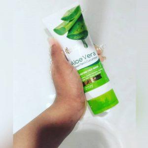 Oriental Botanics Aloe Vera, Green Tea & Cucumber Hydrating Face Wash -Super Refreshing-By exploexplo20
