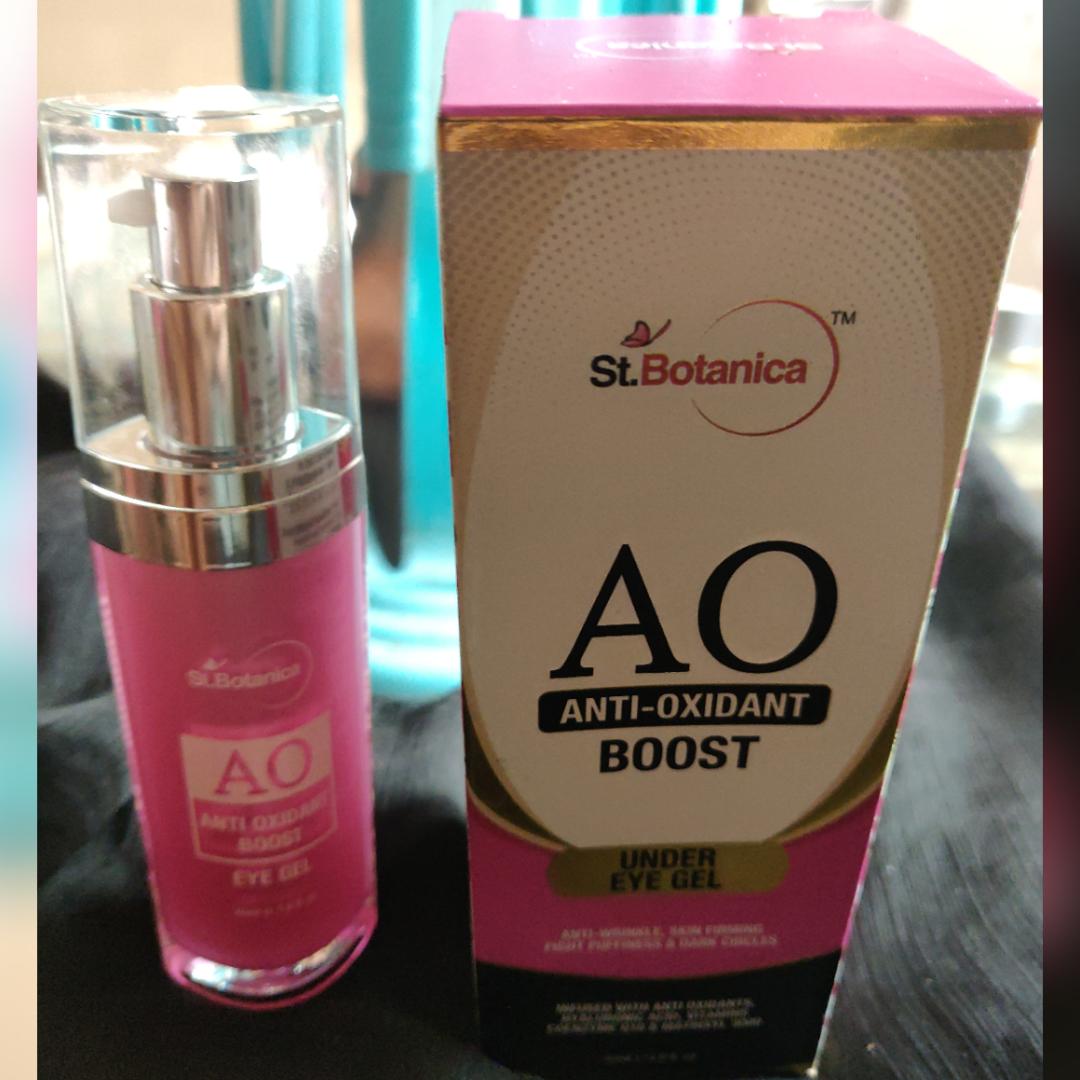 St.Botanica Anti Oxidant Boost Under Eye Gel pic 1-Very effective Under Eye gel-By tanvizaveri