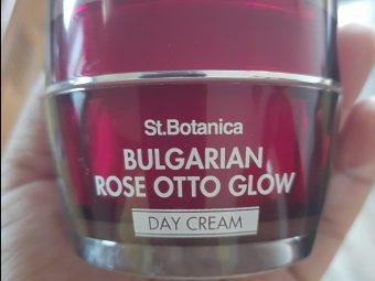 St.Botanica Bulgarian Rose Otto Glow Day Cream pic 2-Amazing Day Cream!-By satzworldlylifestyle_satabdi_das_sen