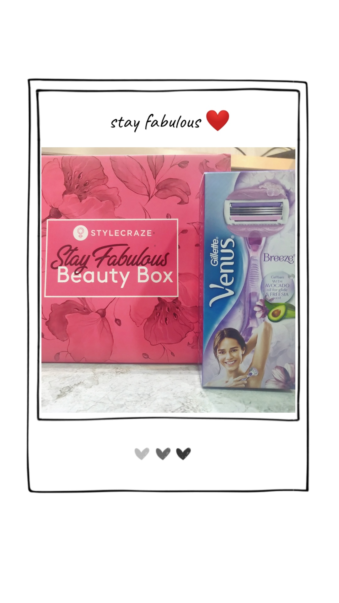 Gillette Venus Breeze Razor-Removes the finest in just one glide-By dhwani_dagha