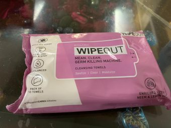 MyGlamm Wipeout Cleansing Towels pic 1-A must have travel friendly wipes-By tanvijalan