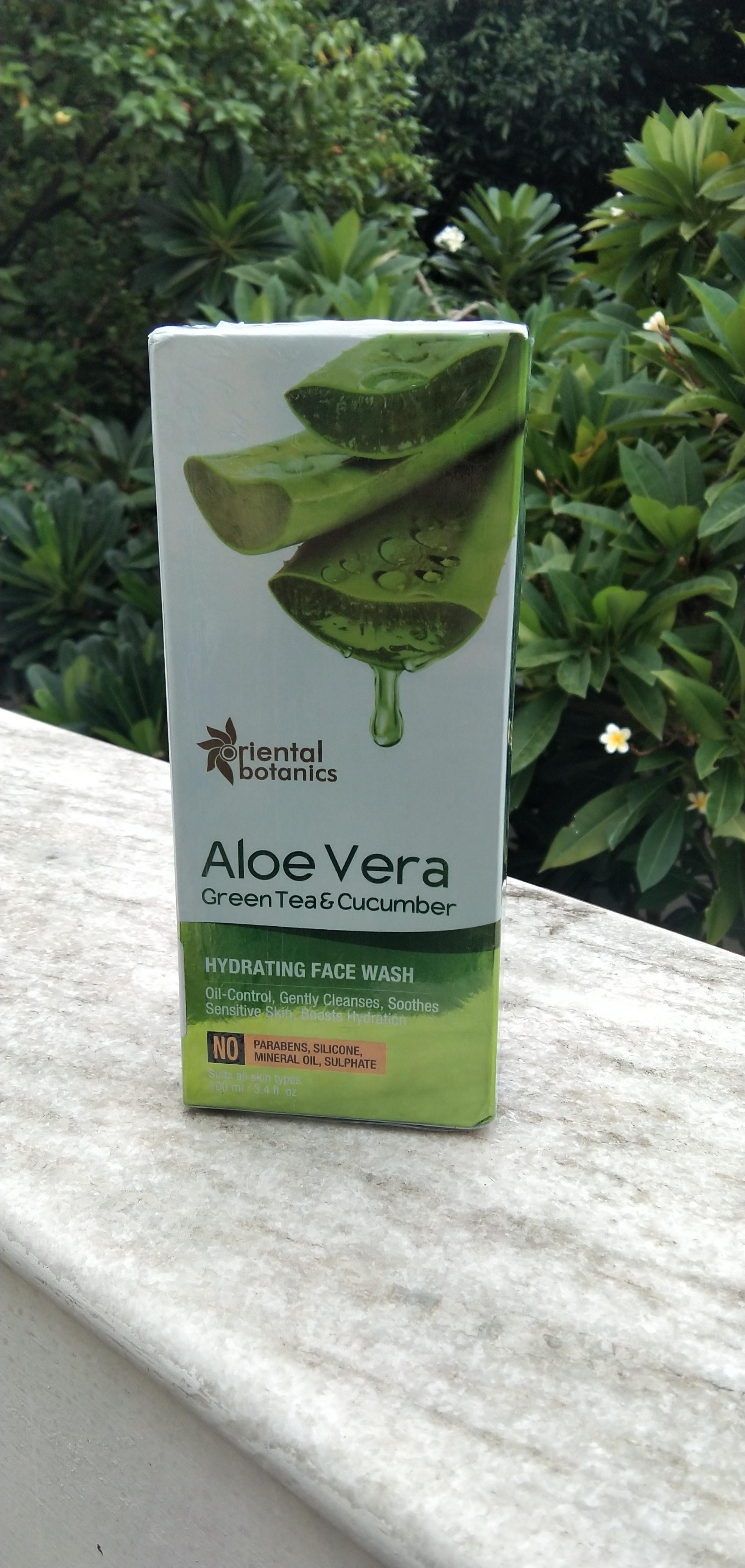 Oriental Botanics Aloe Vera, Green Tea & Cucumber Hydrating Face Wash pic 2-Moisturizing face wash-By shania_sardar