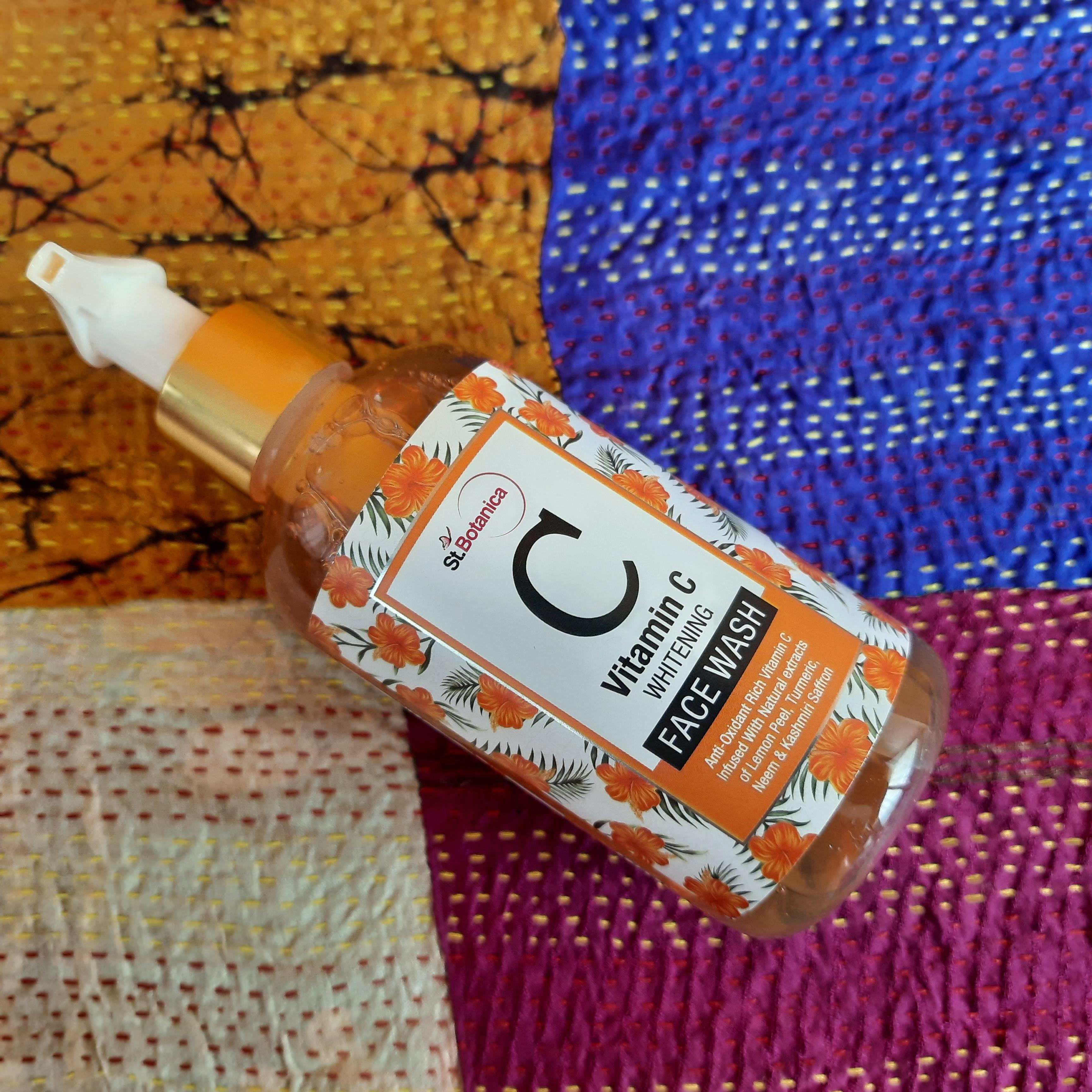 St.Botanica Vitamin C Face Wash-Best Daily Dose of Vitamin C for Oily Skin-By jaya_sathaye