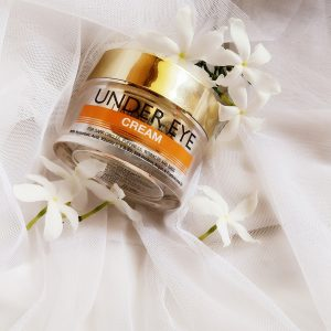 StBotanica Pure Radiance Under Eye Cream pic 2-One Stop Solution for Under Eyes Darkness and Puffiness-By glodiva_world