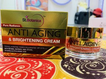 St.Botanica Pure Radiance Anti Aging & Brightening Cream -Does helps to give a glow, not for anti-ageing though-By anmol_mulchandani