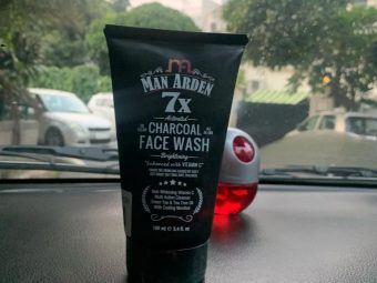 Man Arden 7X Activated Charcoal Face Wash Brightening -Removes all the dirt-By sukritkohli