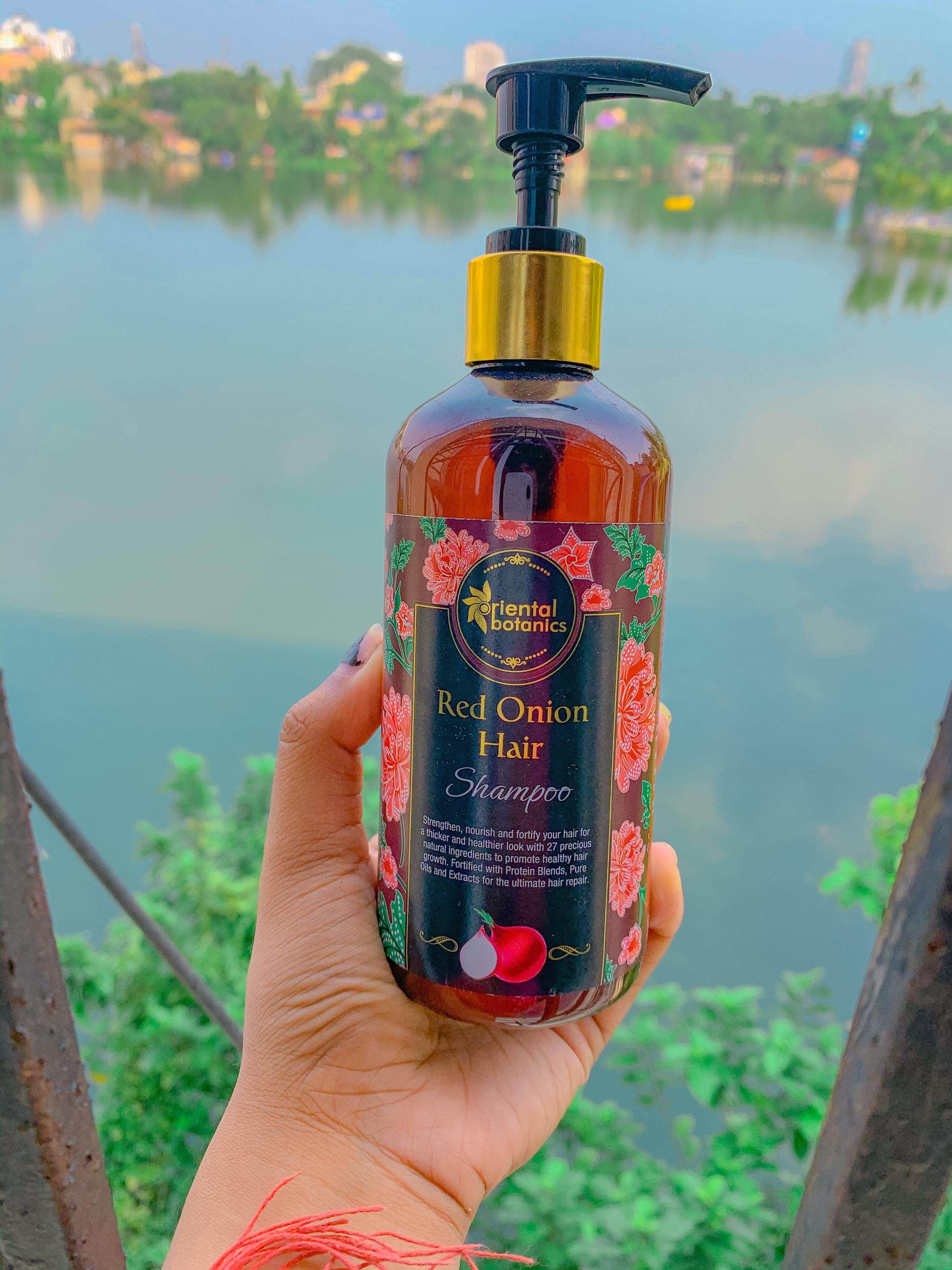 Oriental Botanics Red Onion Hair Shampoo pic 1-Adds volume to hair-By arunikakoley
