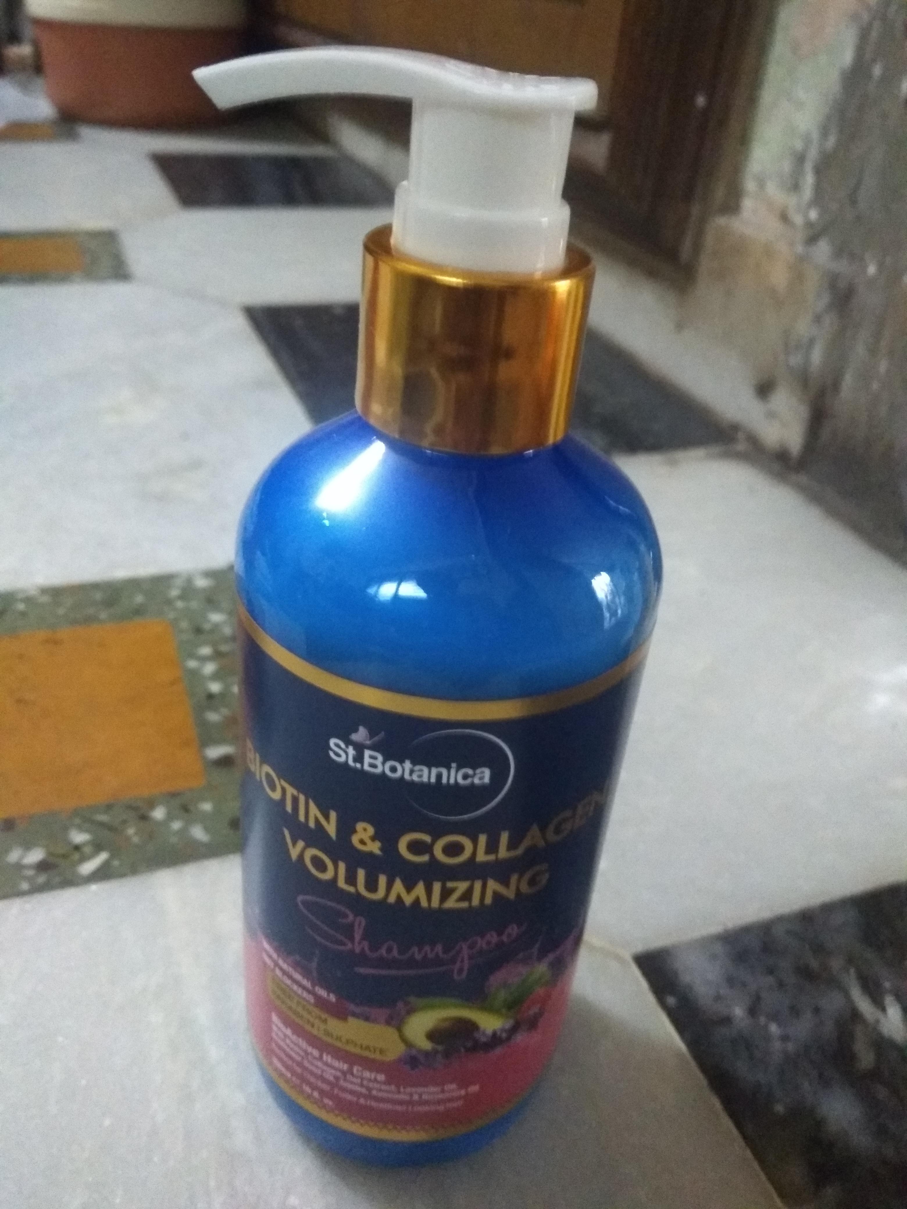 St.Botanica Biotin & Collagen Volumizing Hair Shampoo-Good one-By krishnalimbad-1