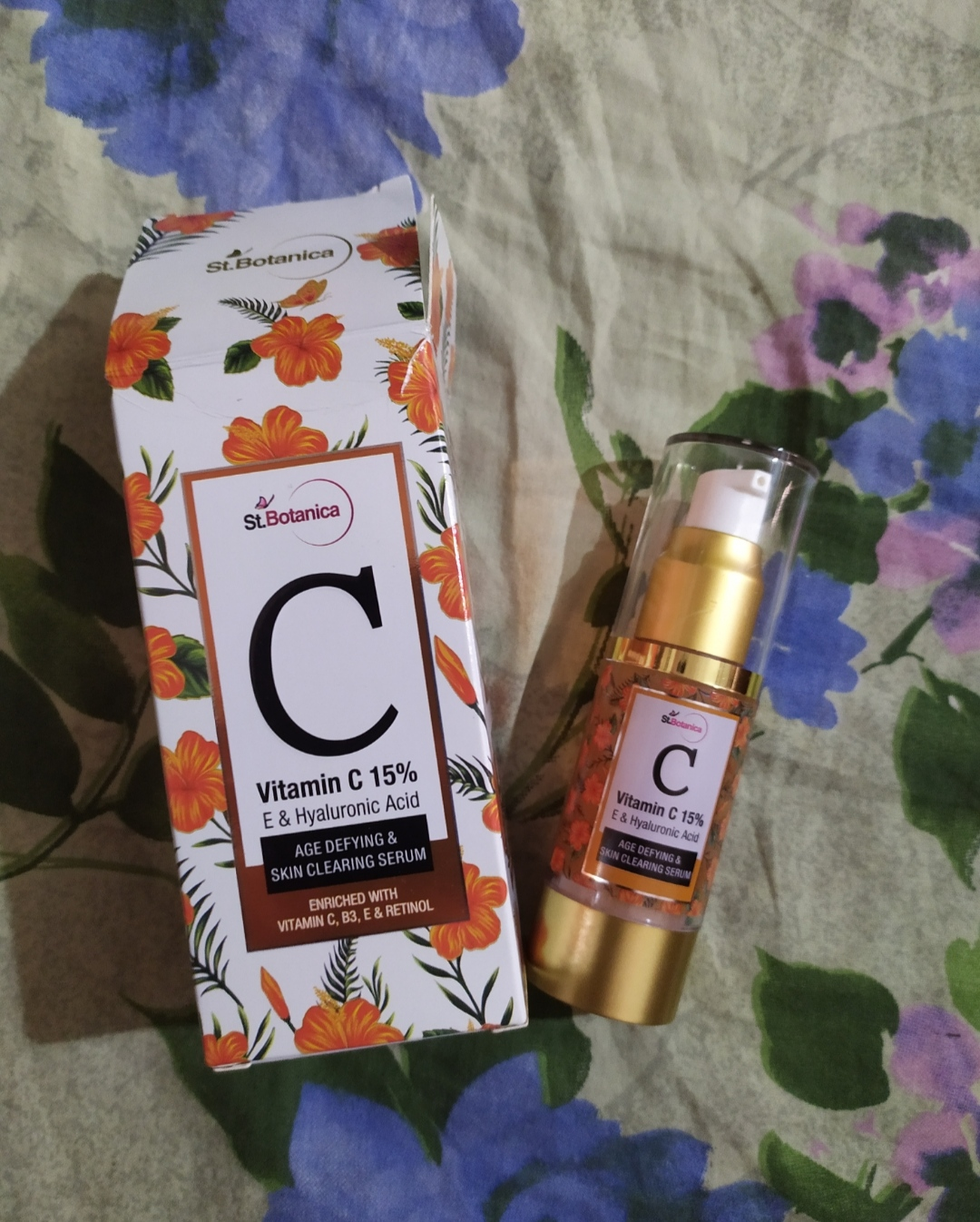 St.Botanica Vitamin C 15% Age Defying & Skin Clearing Serum-One of the best vitamin c serum-By unmita