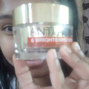 St.Botanica Pure Radiance Anti Aging & Brightening Cream -Perfect cream for ageing and dull skin.-By sarah120