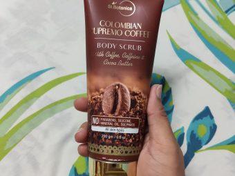 St.Botanica Colombian Supremo Coffee Body Scrub pic 2-Smells fresh coffee-By khushboogargtorka