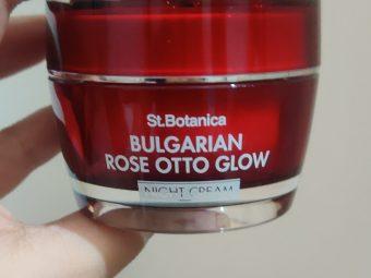 St.Botanica Bulgarian Rose Otto Glow Night Cream pic 2-Already in my skincare favourites!!-By glitterlife_diksha