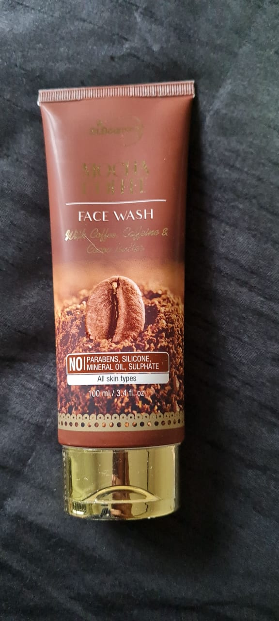 St.Botanica Mocha Coffee Face Wash-Smoothens the skin-By nisish