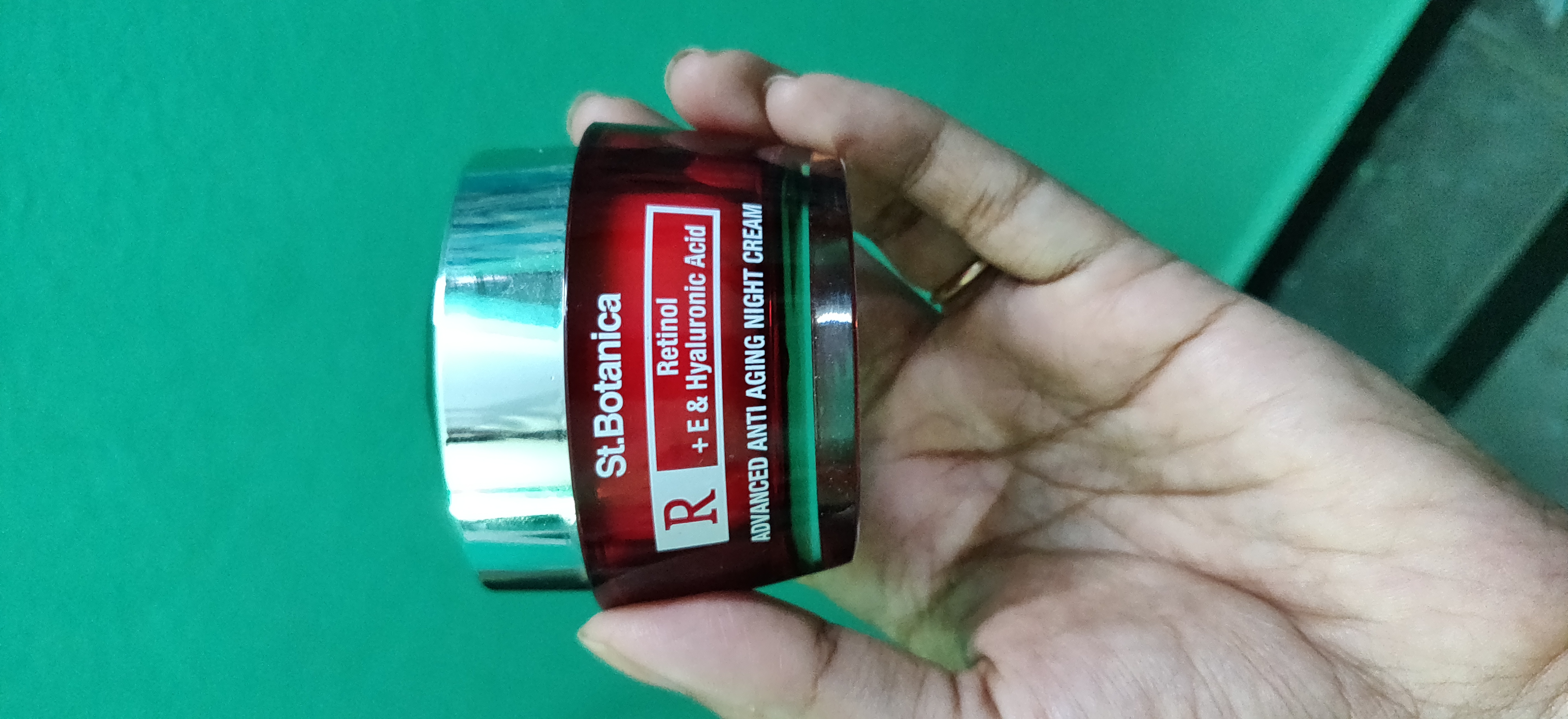 St.Botanica Retinol Advanced Anti Aging Night Cream pic 2-Effective Product-By beautywithtabs