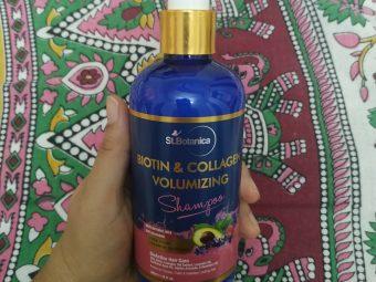 St.Botanica Biotin & Collagen Volumizing Hair Shampoo -Bouncy hair-By taniyajoshi13