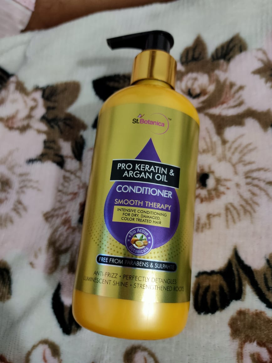 StBotanica Pro Keratin & Argan Oil Conditioner-Worth trying-By gracious_moni
