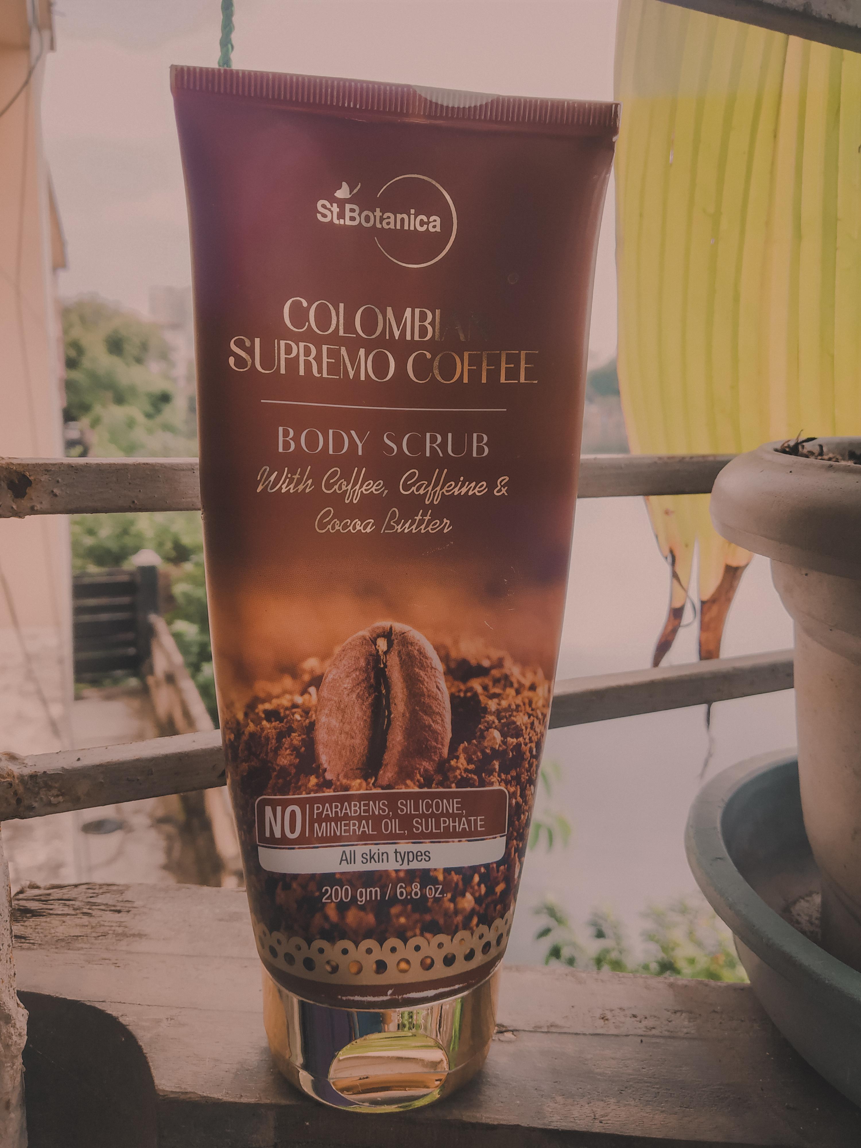 St.Botanica Colombian Supremo Coffee Body Scrub pic 2-Amazing Body Scrub-By arunikakoley