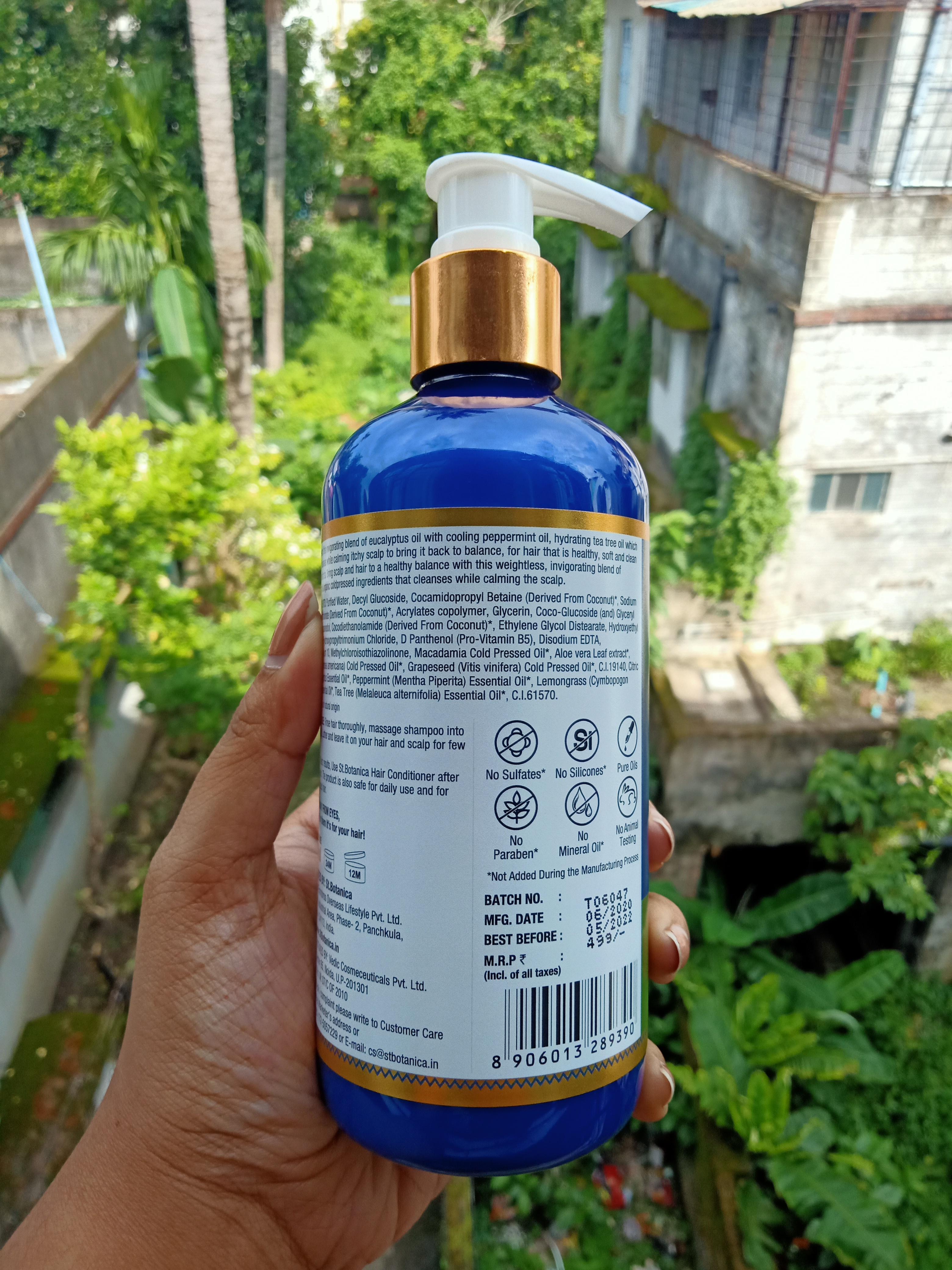 St.Botanica Eucalyptus & Tea Tree Dry Hair Repair Shampoo pic 2-Smooth No Drandruff Hair.-By rweehma