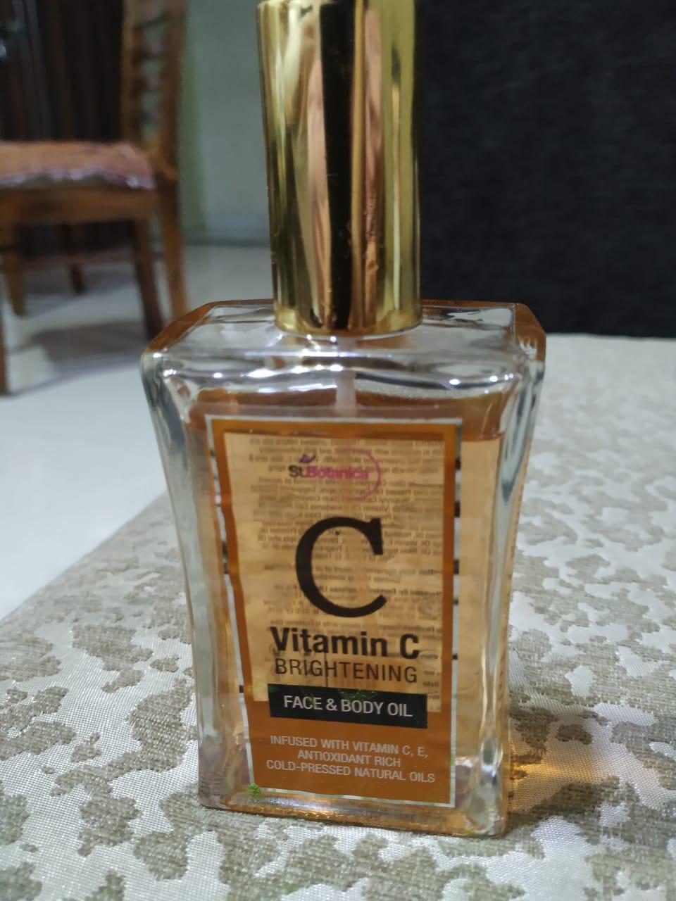 St.Botanica Vitamin C Brightening Face & Body Oil pic 2-Light Weight Formula.. Must Try-By rita_punjabi