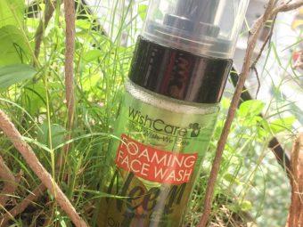 WishCare Foaming Neem Face Wash pic 4-Cleanse skin, removes oil,-By vaishnavi_baheti
