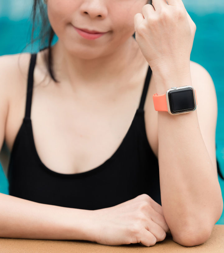 10 Best Waterproof Fitness Trackers For Swimming With Reviews