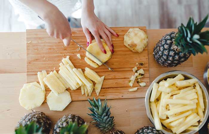 Pineapple Benefits, Uses and Side Effects in Bengali