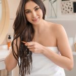 15 Best Coconut Oils For Hair Available In India (2020)