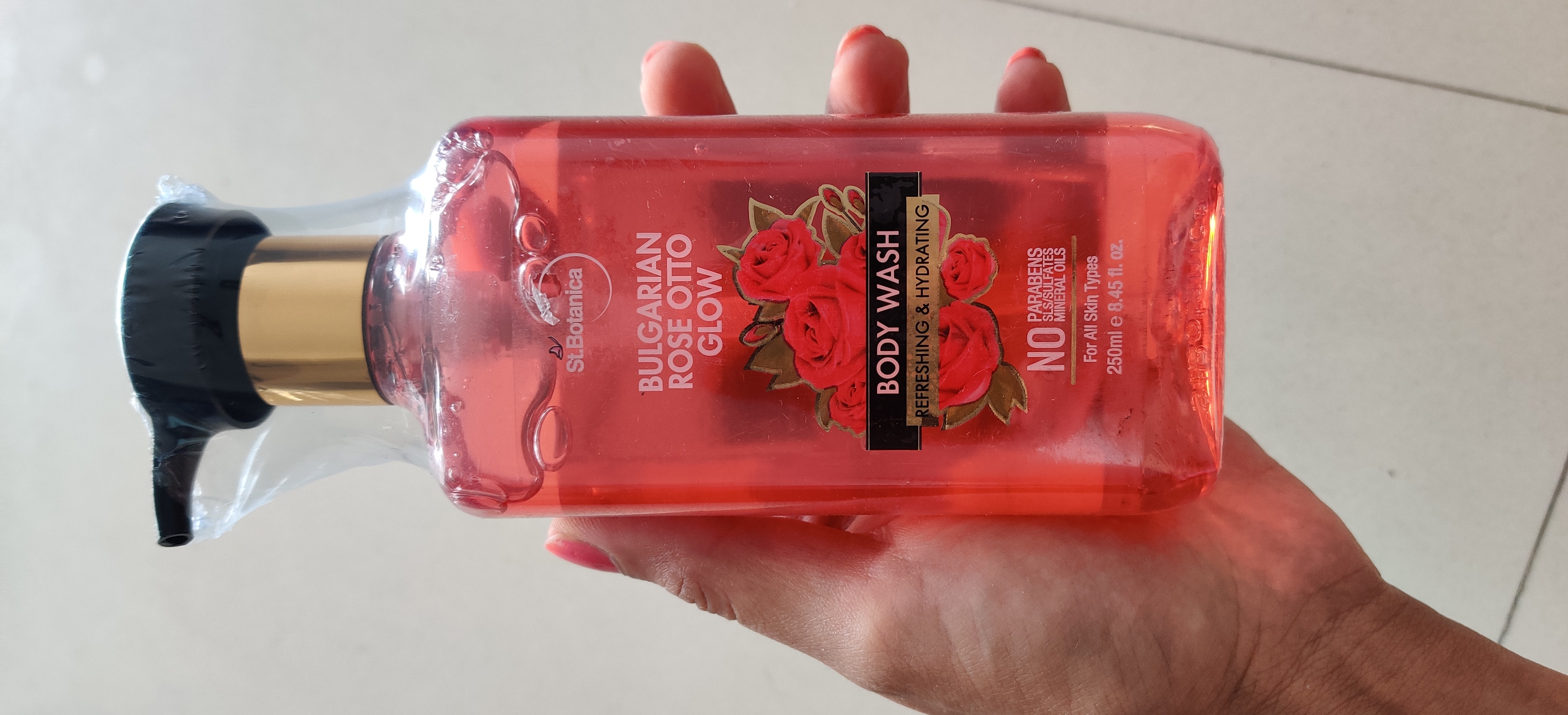 StBotanica Bulgarian Rose Otto Glow Body Wash-Totally awesome-By meghanka_parihar
