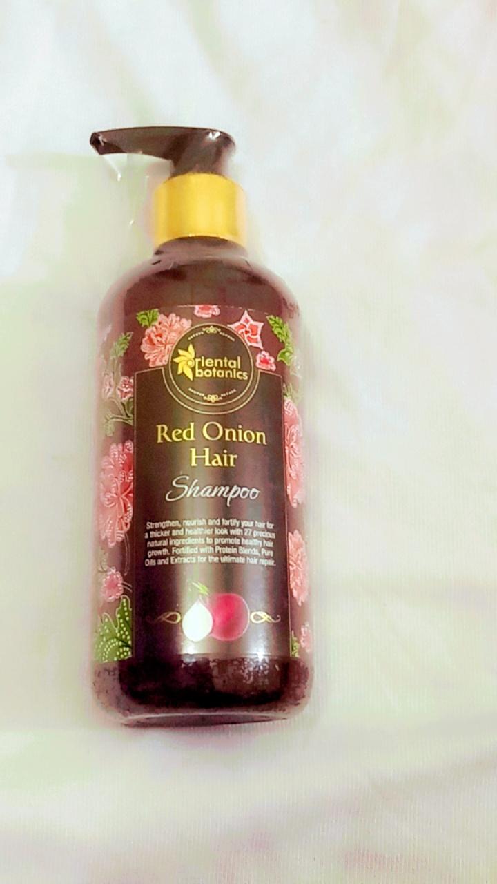 Oriental Botanics Red Onion Hair Shampoo-Great for frizzy hair-By ananya_banerjee_