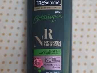 Tresemme Botanique Nourish And Replenish Shampoo -Very sweet smelling shampoo-By nikitha_sancheti