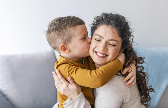 Heart- Touching Quotes On Mother Son Love In Hindi
