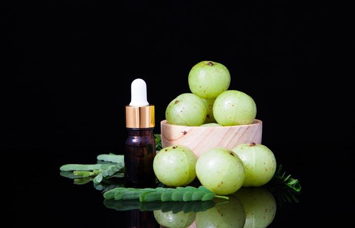 How to make gooseberry oil